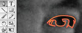 Trace seluruh bagian mata sesuai kontur